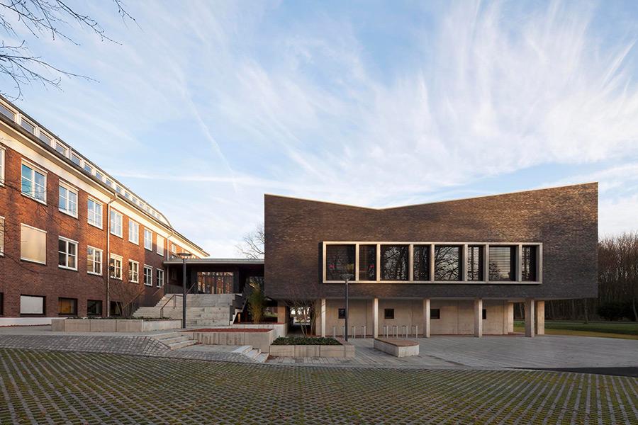 Seminargeb ude der physikalisch technischen bundesanstalt for Architekten in braunschweig