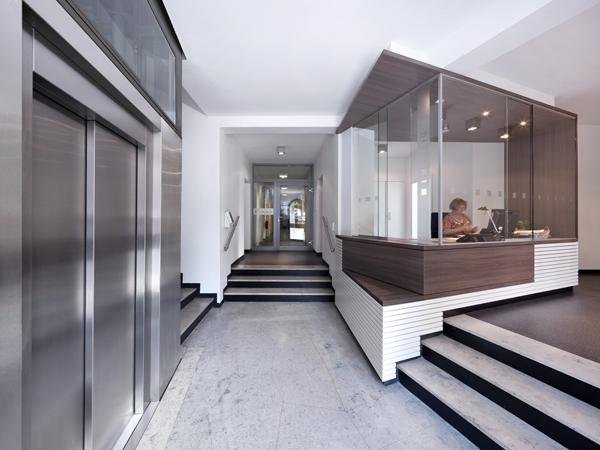 eingangsbereich propstei st ulrici braunschweig hsv. Black Bedroom Furniture Sets. Home Design Ideas